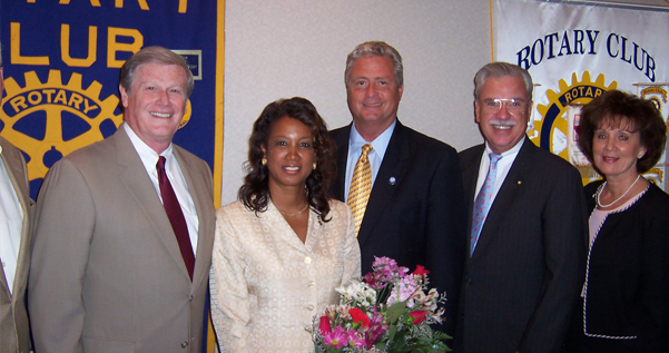 Jennifer receives Citizen of the Year Award from Orange Park Rotary