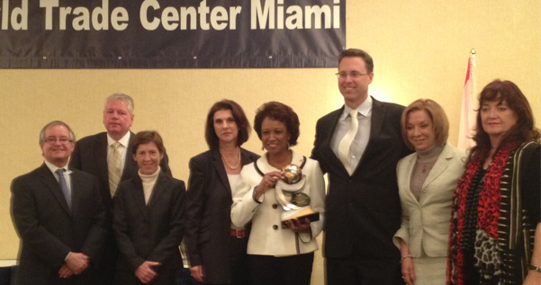 Jennifer March 2013 receives International Women Award for her work <br>in increasing international trade