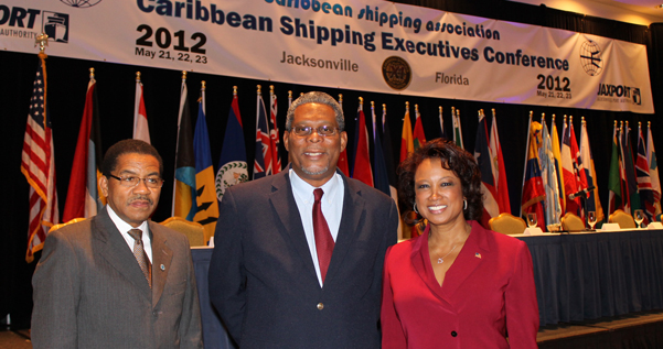 Jennifer meets with Carribbean Shipping Associaton to discuss export opportunities