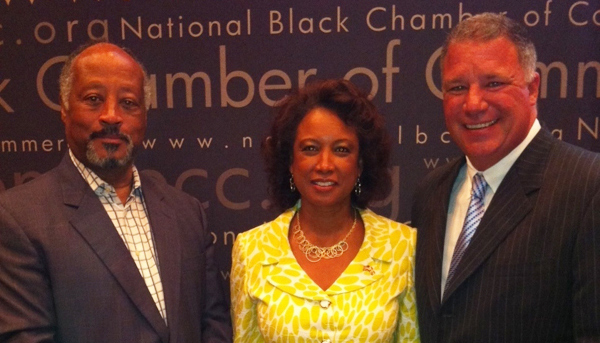Jennifer hosts economic summit with Chamber President Harry Alford and Wayne Huinzenger Jr.