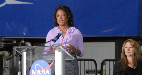 Jennifer announces Boeing CST jobs expansion at Kennedy Space Center